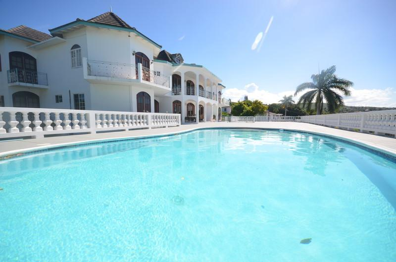 Seaview Chateau, Montego Bay, 9BR - Seaview Chateau, Montego Bay, 9BR - Ironshore - rentals