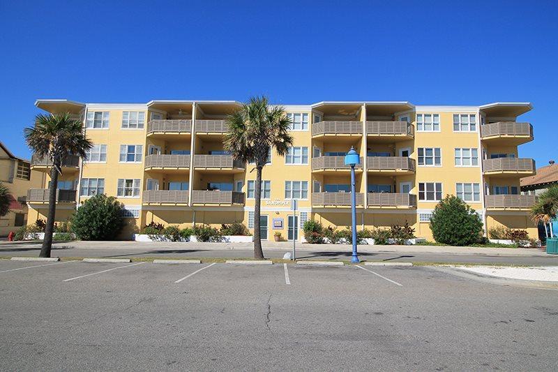 Sandpiper Condominiums - Unit 101 - Ocean Front - Image 1 - Tybee Island - rentals