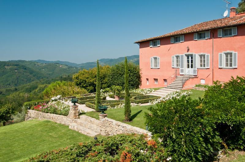 Villa Bellaria - Image 1 - Lucca - rentals