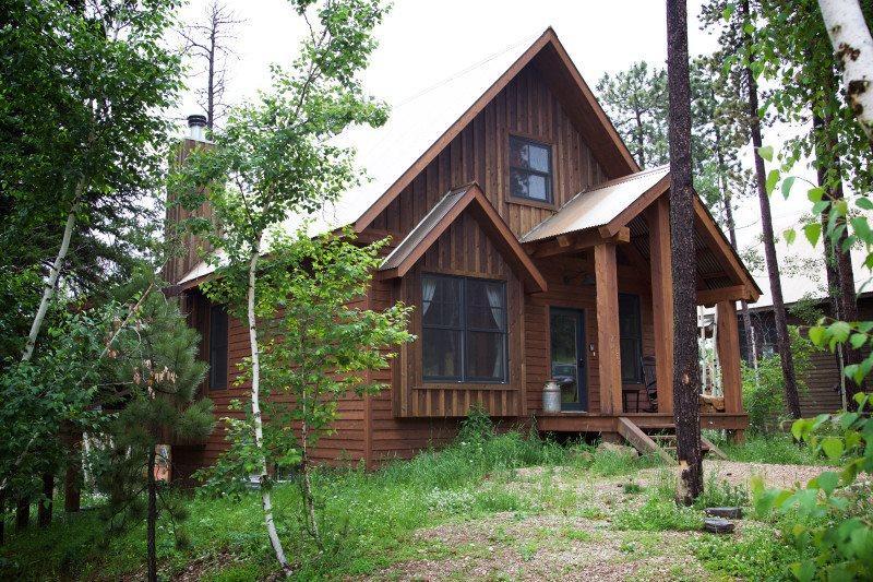 Slingshot Lodge - Image 1 - Lead - rentals