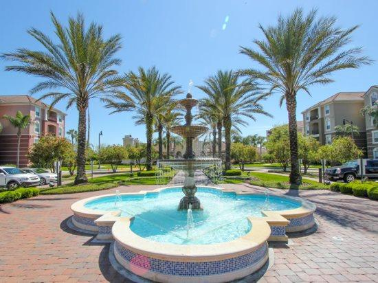 3 Bed Condo Next to the Orange County Convention Center. 4024BD-101 - Image 1 - Orlando - rentals