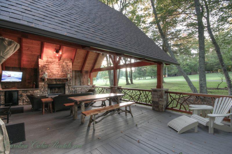 Gorgeous Setting at High Elevation, Cool Summer Outdoor Living - Beech Retreat - Beech Mountain - rentals