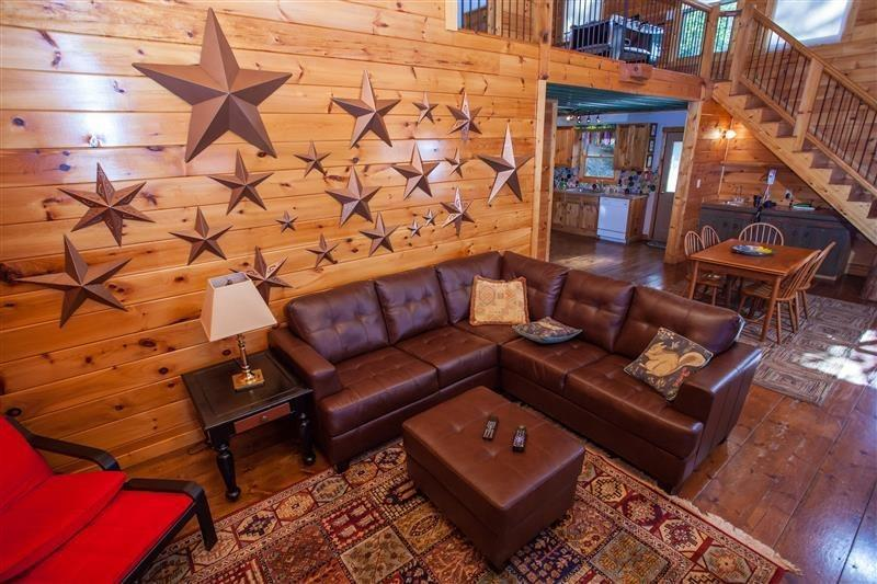 Leather Furnishings - Cliffhanger - Located on 17 acres! Amazing mountain view with modern decor! - Chatsworth - rentals