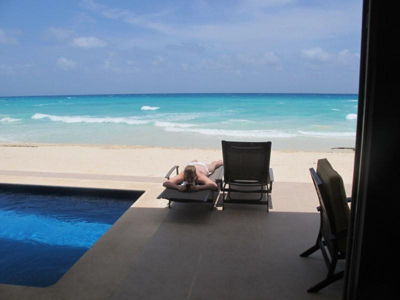 Feel the blue caribbean ocean and the sand beach from your patio - Luxury Beach Front House in gated community - Playa del Carmen - rentals