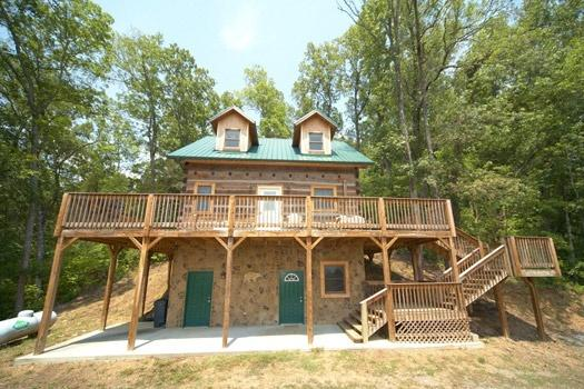 Exterior Front View at Mountain Lake Escape - MOUNTAIN LAKE ESCAPE - Sevierville - rentals