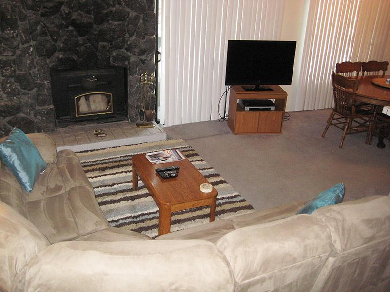 Living Room - Sherwin Villas - SV05A - Mammoth Lakes - rentals
