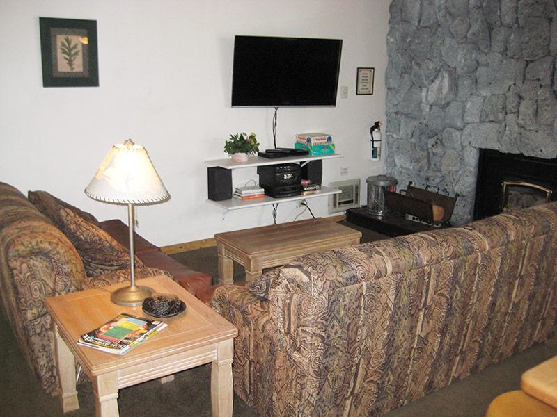 Living Room - Sherwin Villas - SV37D - Mammoth Lakes - rentals
