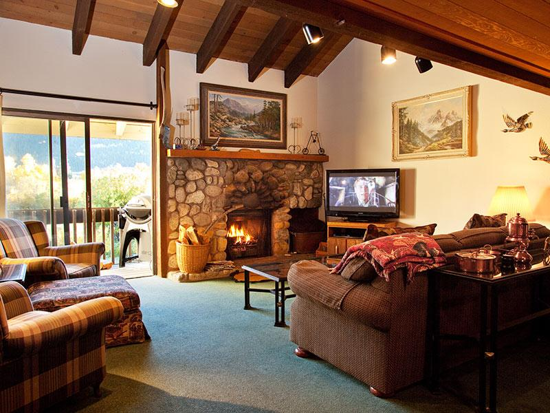 Living Room - Snowcreek - SC063 - Mammoth Lakes - rentals
