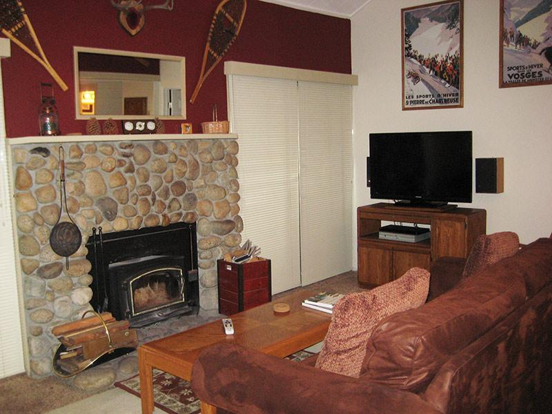 Living Room - La Residence - LR07P - Mammoth Lakes - rentals
