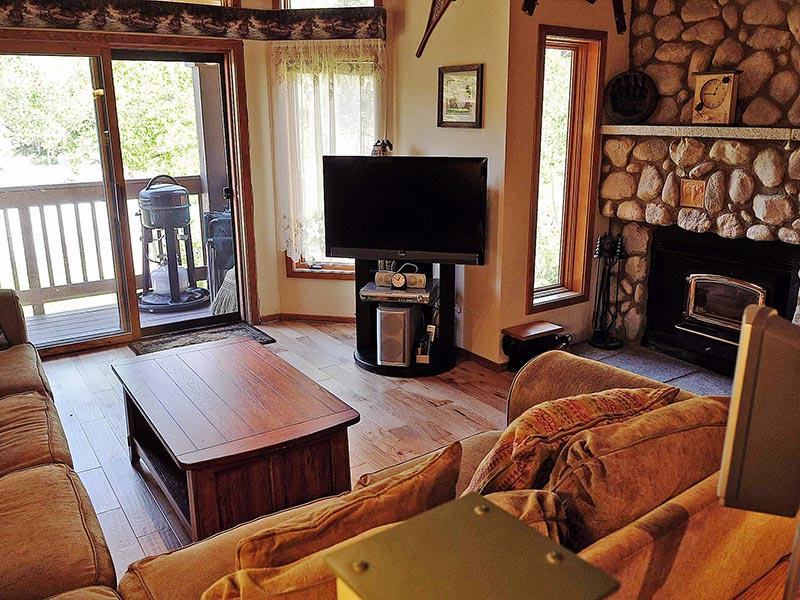 Living Room - Snowcreek - SC464 - Mammoth Lakes - rentals
