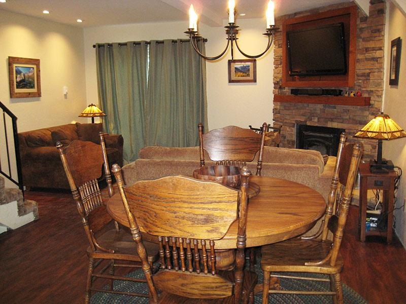 Living Room - Mammoth View Villas - MVV38 - Mammoth Lakes - rentals