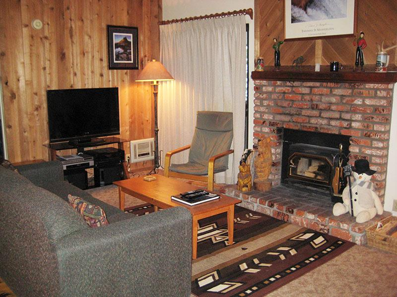Living Room with Flatscreen TV - Hidden Valley - HV104 - Mammoth Lakes - rentals