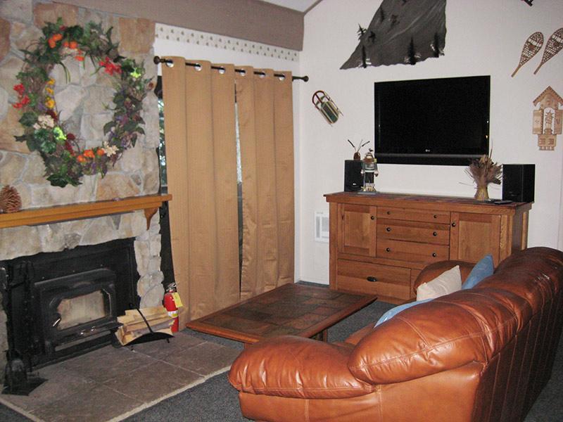 Living Room - Hidden Valley - HV040 - Mammoth Lakes - rentals