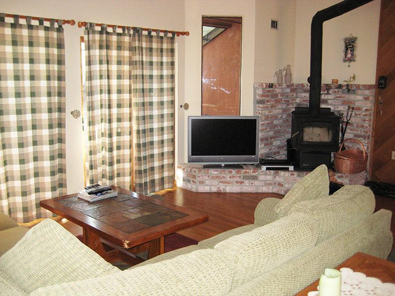 Living Room - Forest Creek - FC050 - Mammoth Lakes - rentals