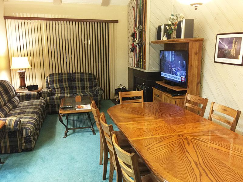 Dining Room and Living Room - Crestview - CV050 - Mammoth Lakes - rentals