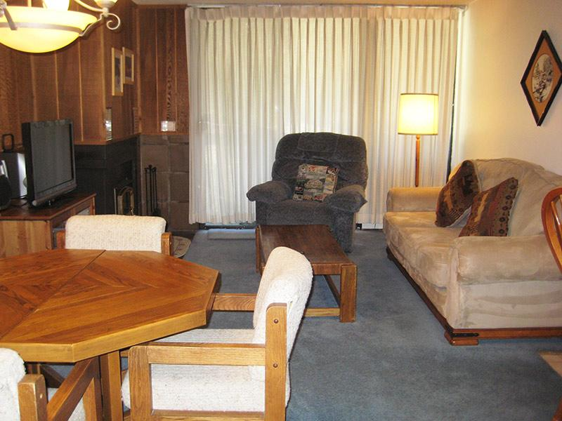 Living Room - Crestview - CV029 - Mammoth Lakes - rentals