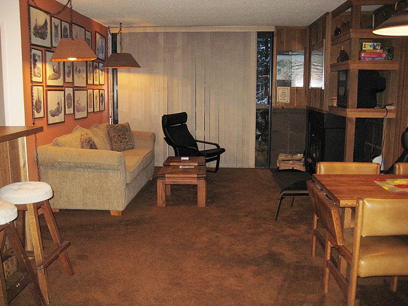 Living Room - Crestview - CV019 - Mammoth Lakes - rentals