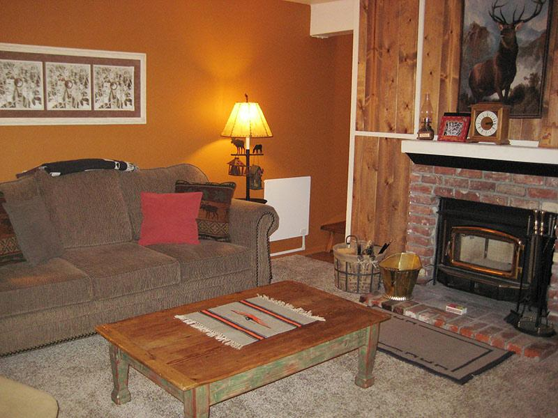 Living Room - Western Slopes Villas - WSV11 - Mammoth Lakes - rentals
