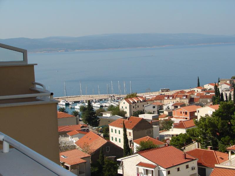 A1(2+2): terrace view - 01713BVOD  A1(2+2) - Baska Voda - Baska Voda - rentals