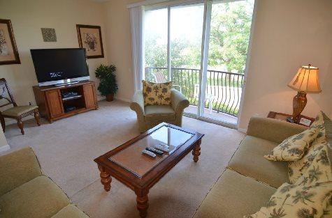 3 Bedroom 3.5 Bathroom Executive Town Home Located in Vista Cay. 5038TVC-19 - Image 1 - Orlando - rentals