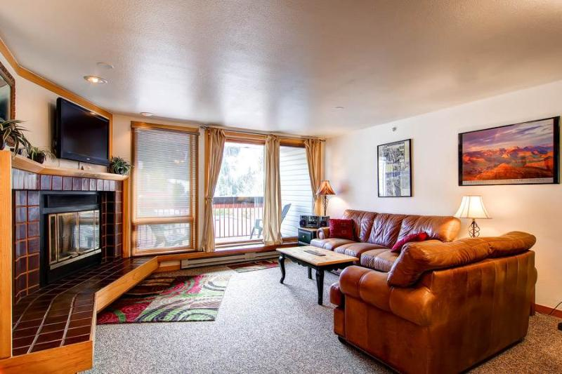 1 BR/1 BA spacious condo, short walk to lifts, sleeps 5 - Image 1 - Keystone - rentals