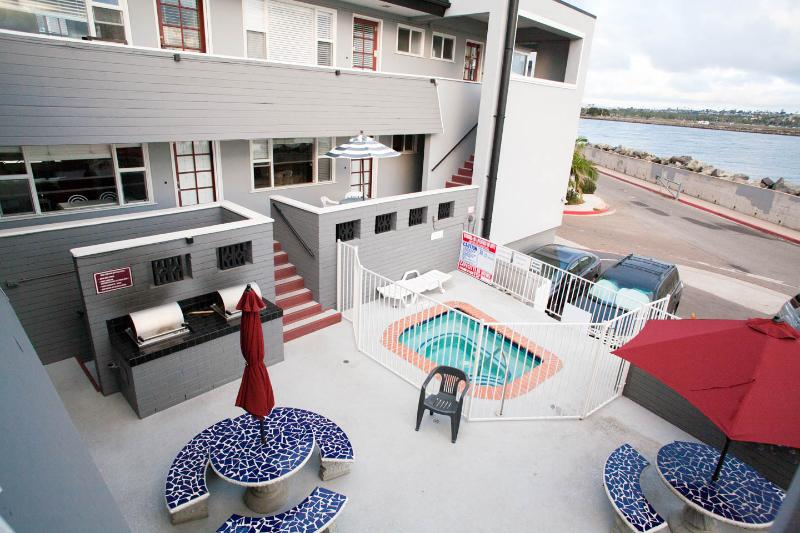 Mission Beach Ocean and Bay View Condo and Parking - Image 1 - Mission Beach - rentals