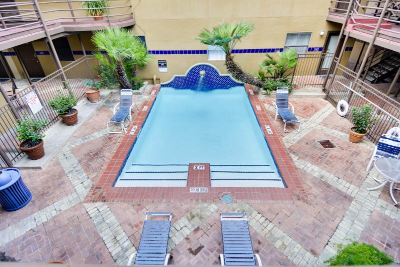 Pool - 3/2 Condo  |  Sleeps 10  |  Middle of DT Austin! - Austin - rentals
