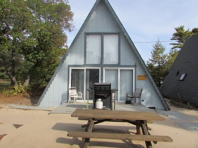 Board Walk Beach 1- Beach House - Image 1 - Oscoda - rentals