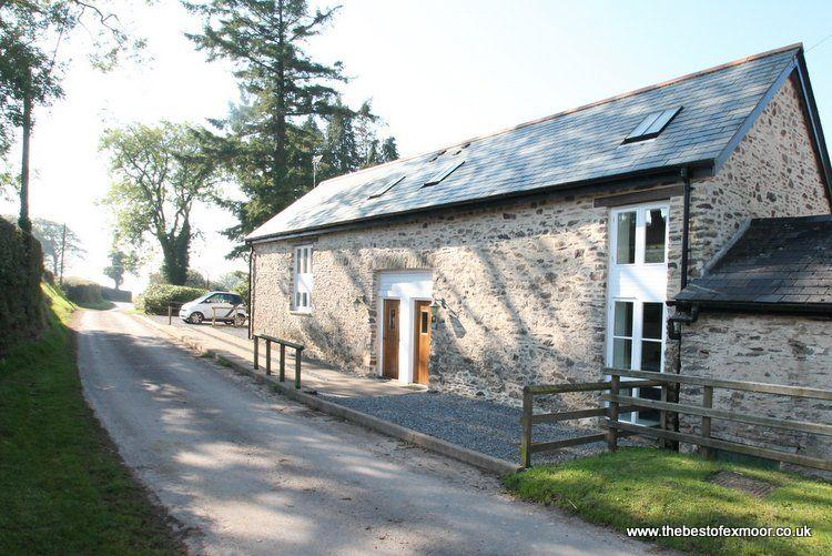 Ashwick Hayloft, Nr Dulverton - Quality coliday cottage in rural location on - Image 1 - Dulverton - rentals