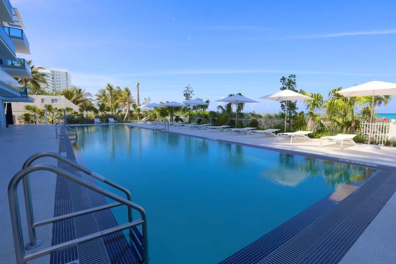 MIAMI - MonteCarlo: 1BR Suite on the Beach W/Five Star Amenities - Image 1 - Miami Beach - rentals