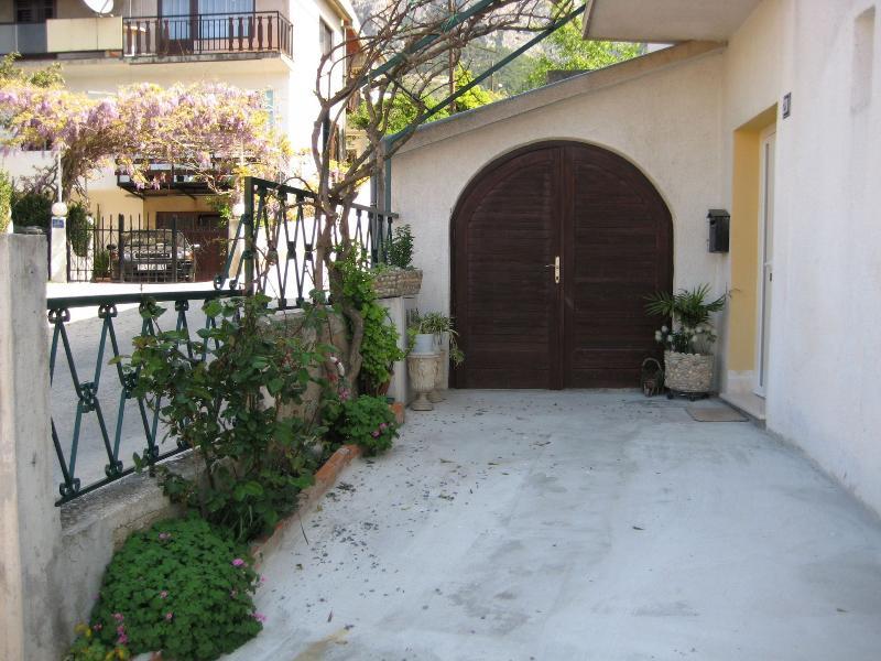 house - Tomislava A2(2+3) - Makarska - Makarska - rentals