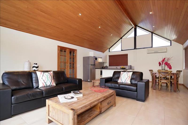 Applecross Swanriver Modern Apartment - Image 1 - Applecross - rentals
