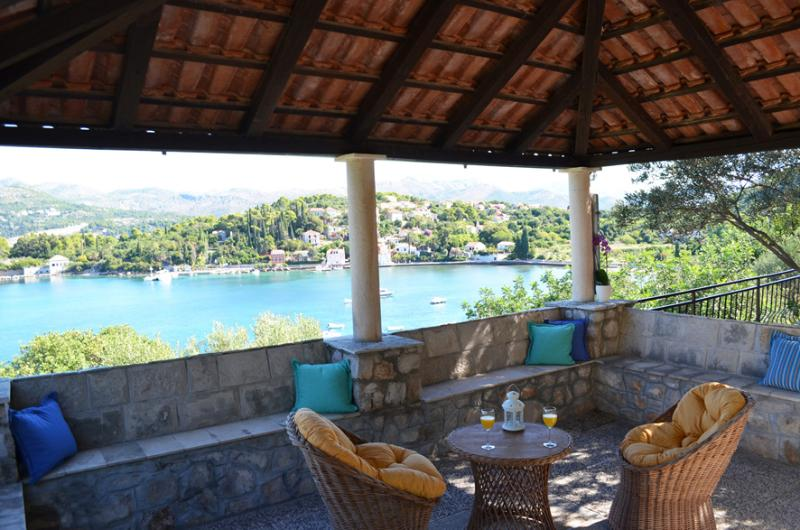 Shaded roof terrace lounge - APARTMENTS HIDEAWAY - KOLOCEP, DUBROVNIK , CROATIA - Dubrovnik - rentals