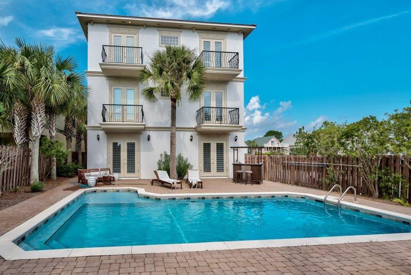 Buena Vista Offers A Large Private Pool - Buena Vista: Luxury Home,Private Pool, Elevator, Near Beach, Sleeps 28! - Seagrove Beach - rentals