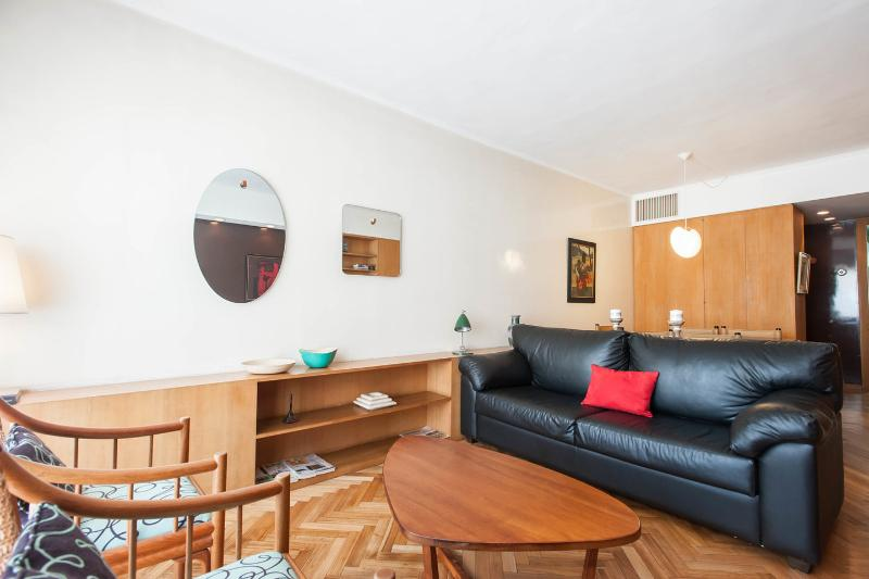 Living Room - A vintage apartment in BA finest neighborhood - Buenos Aires - rentals