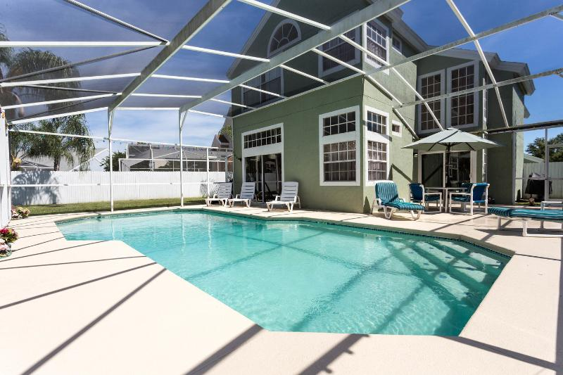 The Pool - Homely 4BR with 2 Master Suites, Kissimmee - Kissimmee - rentals
