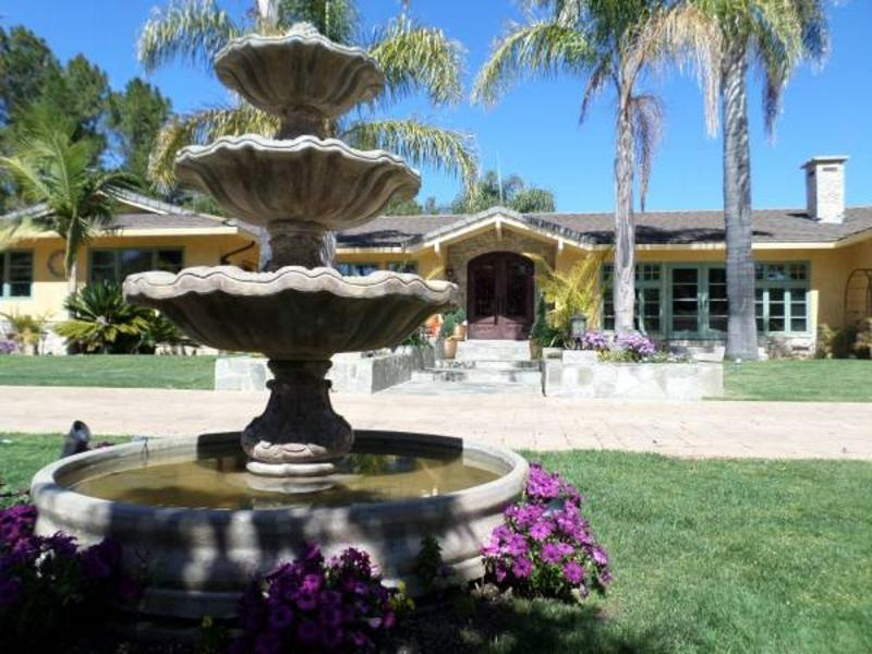 RESORT LIKE PRIVATE ESTATE WITH GUEST HOUSE - Image 1 - Woodside - rentals