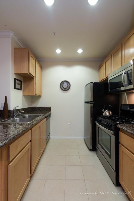 Corporate Suite with 1 Bedroom and 1 Bathroom in Westlake LA - Image 1 - Los Angeles - rentals