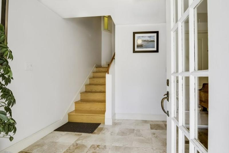 Clean and Neat 4 Bedroom, 2 Bathroom Flat in  SF - Architect Designed - Image 1 - San Francisco - rentals