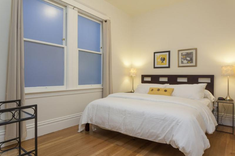 3 Bedroom With Gorgeous Views! - Image 1 - San Francisco - rentals