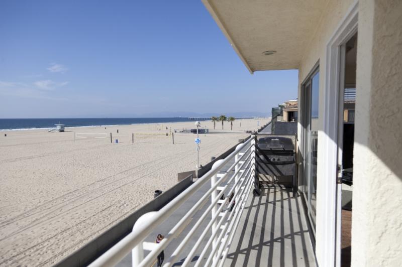 HB Modern Beauty 3 ~ RA2954 - Image 1 - Hermosa Beach - rentals