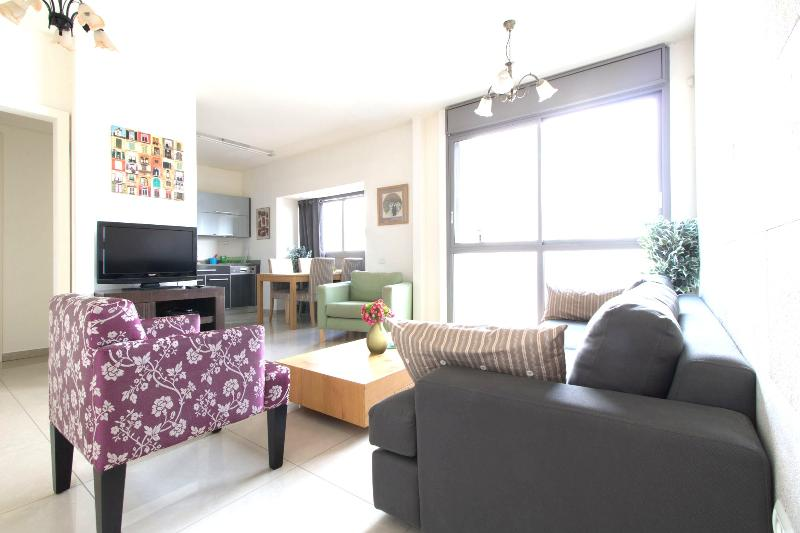 Amazing Brand New Kosher Apartment! Top Location! Up to 10 guests! - Image 1 - Jerusalem - rentals