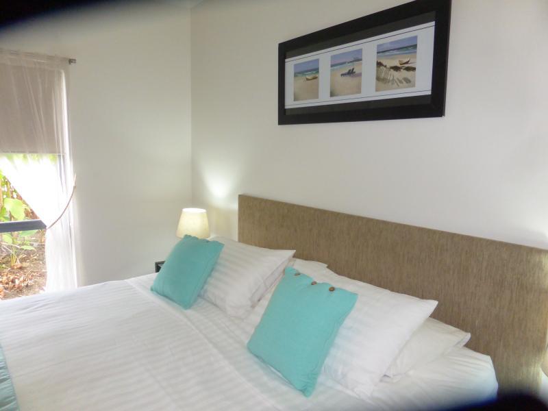 25 REVIEWS confirm 5 star quality - Image 1 - Palm Cove - rentals