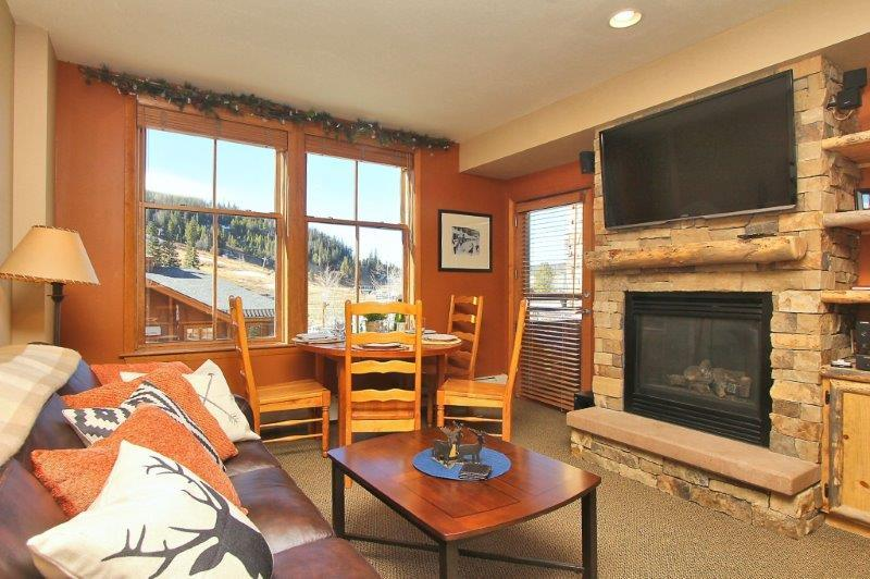 Fabulous upgraded condo with slope views - Zephyr Mountain Lodge 2211 - Winter Park - rentals