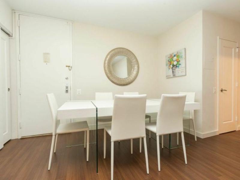 STYLISH 3 BEDROOM APARTMENT - Image 1 - Long Island City - rentals