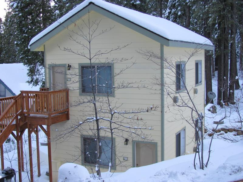 Yosemite Woods Lower Unit at Yosemite West - Yosemite Woods Duplex Lower Unit - Family Friendly - Yosemite National Park - rentals