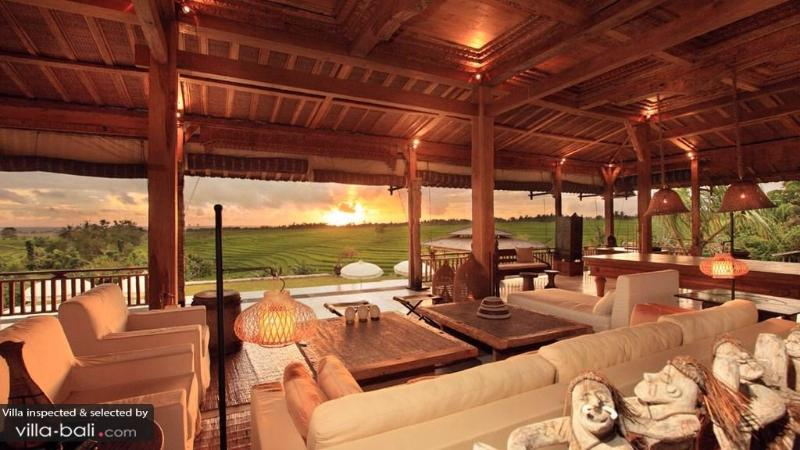 Stunning Ricefield View 5bdrs - Villa Tangunttiti - Image 1 - Tabanan - rentals