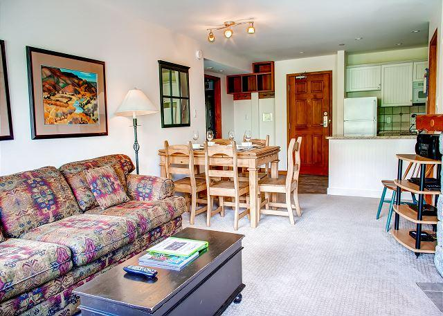 Living Room - Aspens #358, 2 Bdrm, Ski in Ski out, Bright Pool View, Free Wifi & BBQ - Whistler - rentals