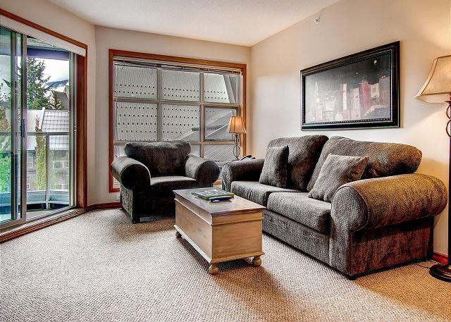 Living Room - Aspens #563, Top Floor 2 Bdrm, Ski in Ski out, Bright Pool View, Free Wifi - Whistler - rentals