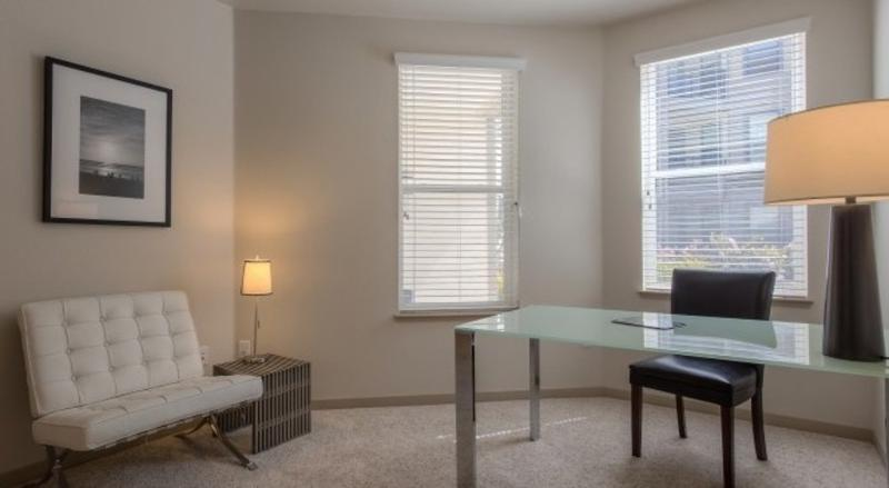 MODERN 2 BEDROOM APARTMENT - 4 - Image 1 - Alviso - rentals
